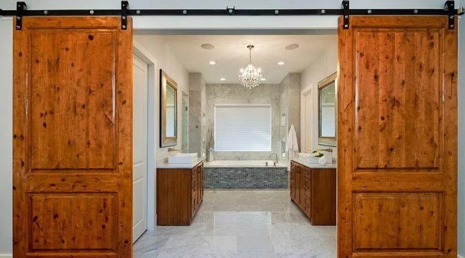 Master bathroom with Barn Doors