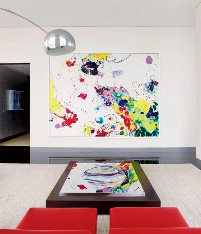 White Summer Living Room