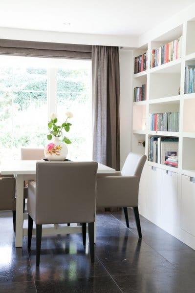 Moderne kasten woonkamer  InteriorInsidernl