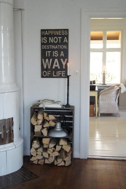 Decoratie met houtblokken  InteriorInsidernl