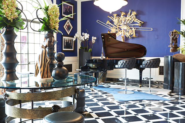 Navy Blue Vevet  Stevie Wonders Home  Interiors By Color