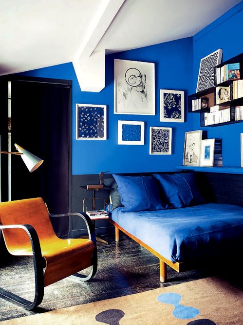 You might be left wondering where to put all of your belongings or how to make the space livable. Royal Blue, Black and Modern - Interiors By Color