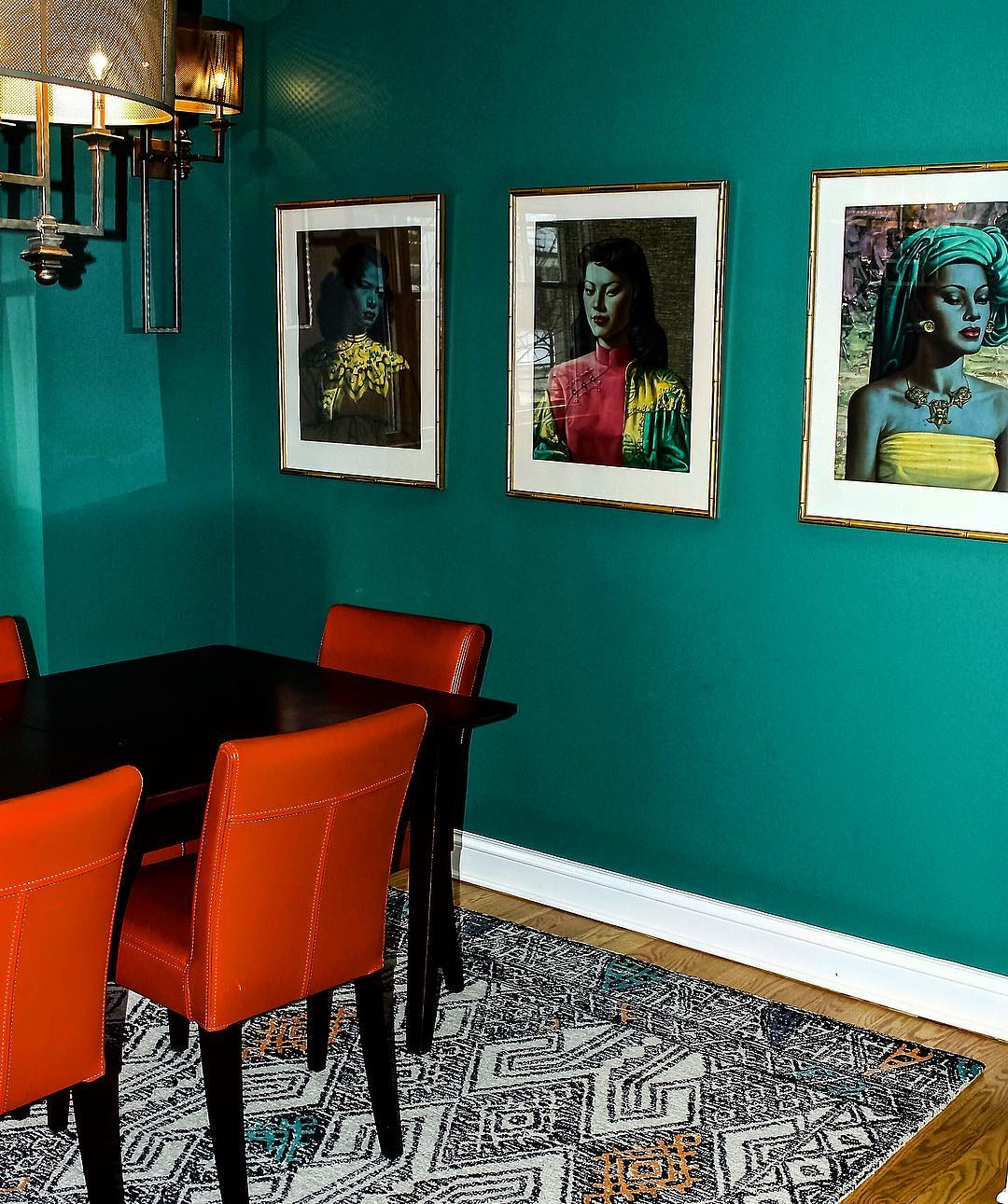 Purple And Black Bedroom Wallpaper Benjamin Moore Steamed Spinach Dining Room Walls