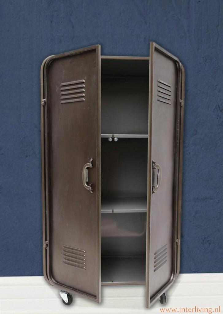 Vintage industrile lockerkast in donker brass metaal  op