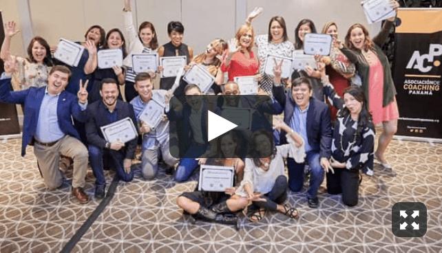 Foto de la generación 30 de los cursos de coaching