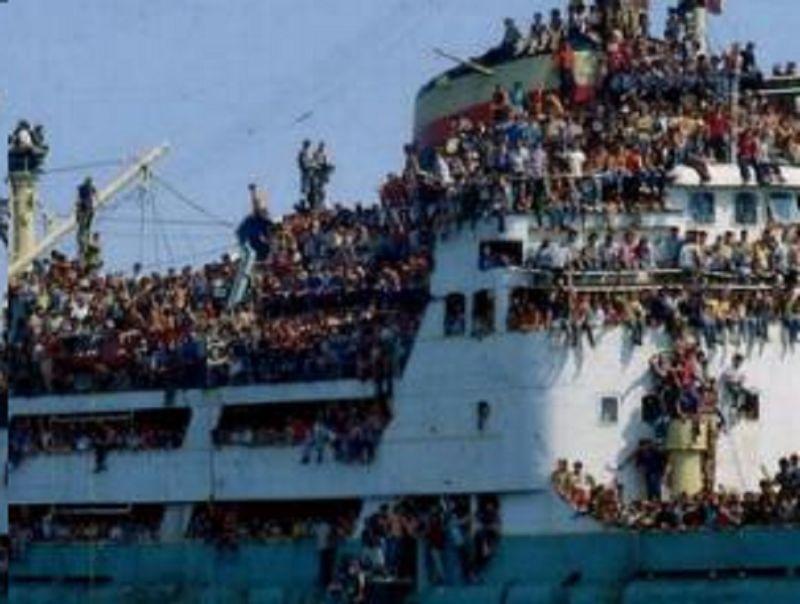 TRAPPOLA PER PROFUGHI I profughi diventano fonte di