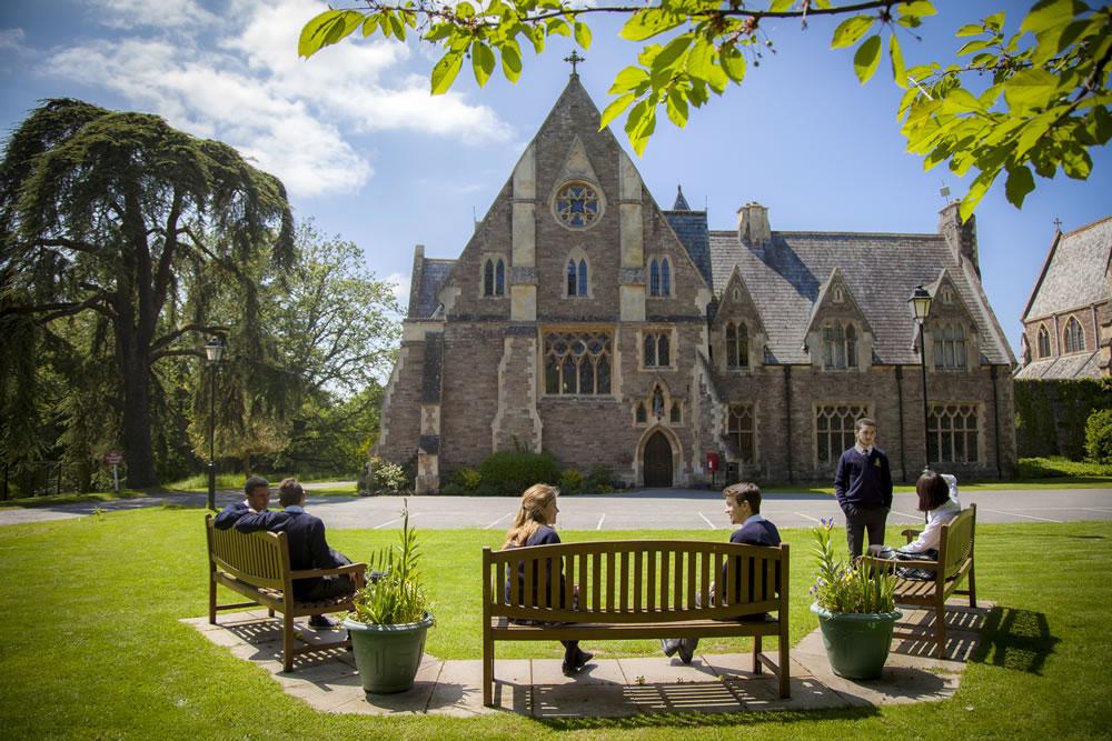 King's College Saint Michaels – John Catt's International School Search