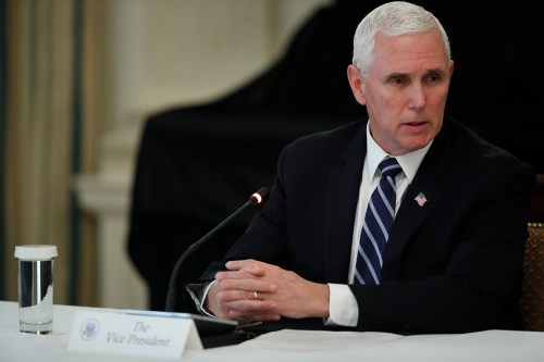 Pence: 'I should have worn a mask at the Mayo Clinic'