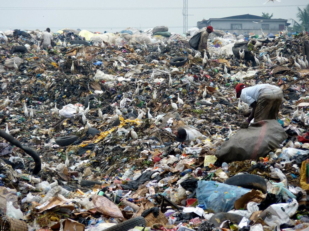 What causes population growth in Lagos?