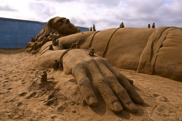 sand sculptures for beginners
