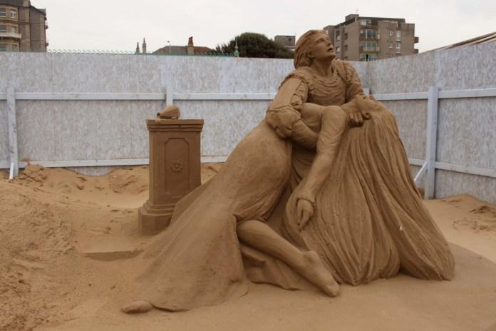 modern art sand sculpture