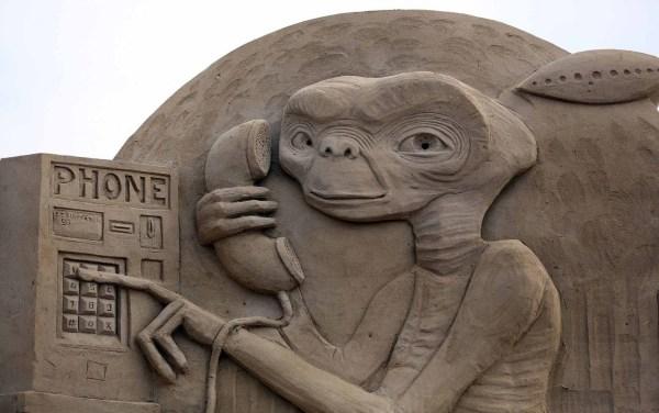 Incredible Sand Sculptures - Art Internet Vibes