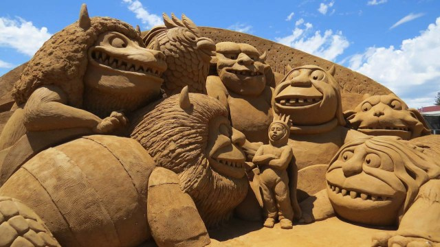 sand castle sculptures