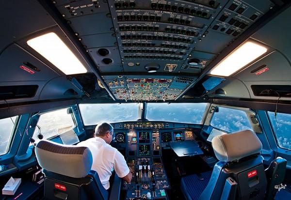kabina-pilotov-4.jpg