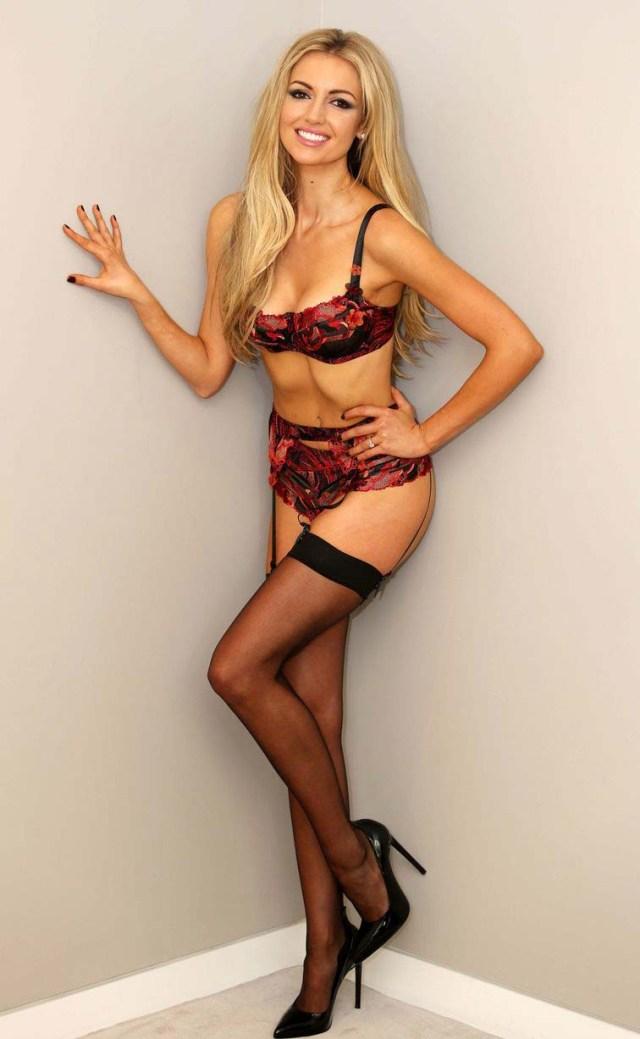 ROSANNA DAVISON hot pictures -1