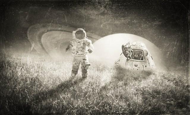 astronaut-which photo manipulations