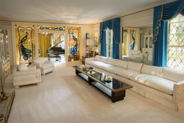 Living Room Mansion Graceland