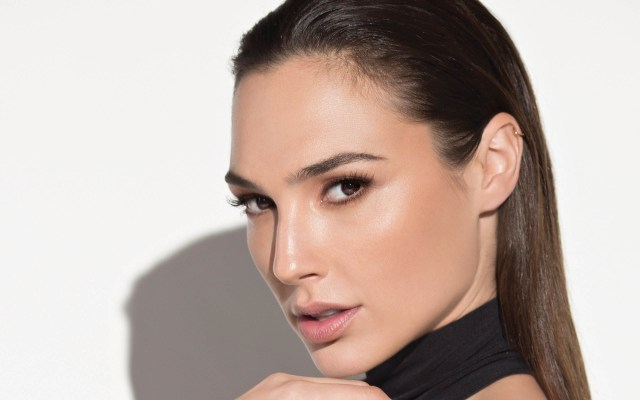 new wonder woman-gal gadot