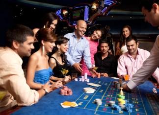 Las Vegas vs Macau.