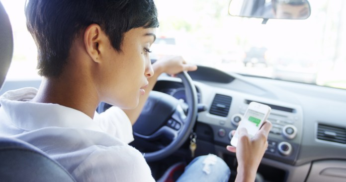 5 Things You Can Do To Avoid Distractions While Driving.