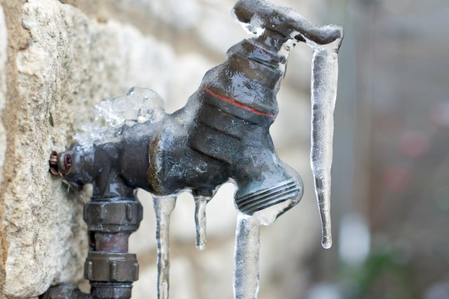 Your Pipes Are Frozen in the Wintertime