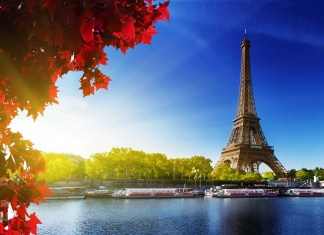 Top 5 Reasons to Spend Your Vacation in France.