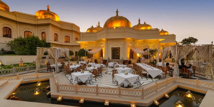 Top Udaipur Hotels That Offer Sheer Luxury.