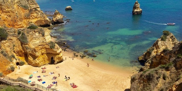best place to holiday in algarve