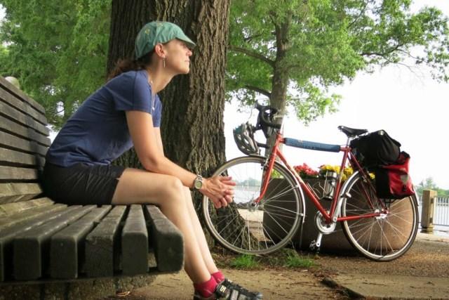 hybrid bike womens