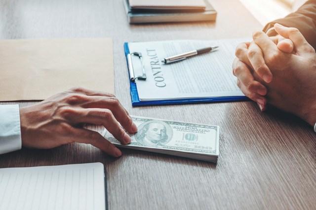 identify the best money lending firm