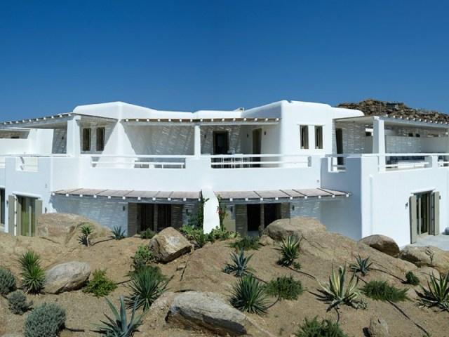 Exciting Mykonos villas by Clubzak