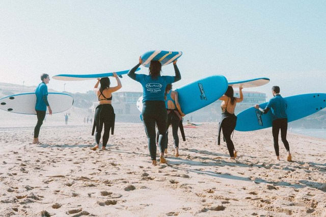 surfing lessons near me