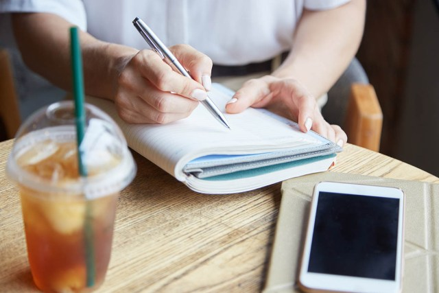 What is a good essay writing