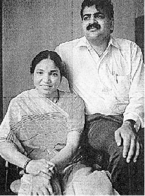 Знаменитые бандиты. Фулан с мужем Умедом Сингхом незадолго до ее гибели