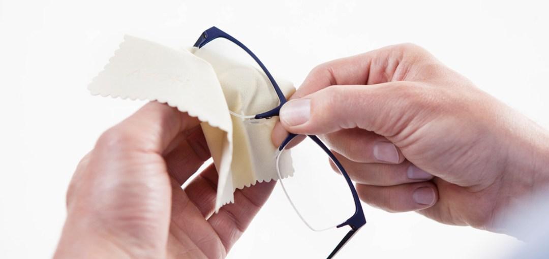 Limpiar las gafas