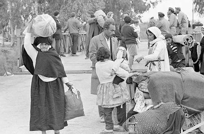Palestinian refugees seen during the Nakba in 1948