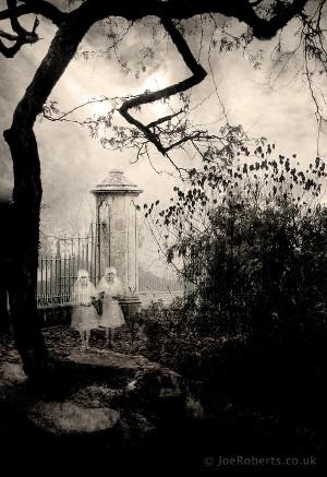 Ghosts (Joe-Roberts)