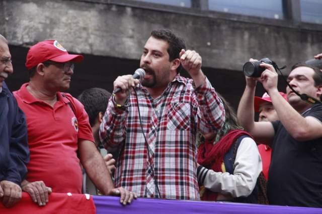 Ocupe Paulista Contra Golpe - AleMaciel (1)