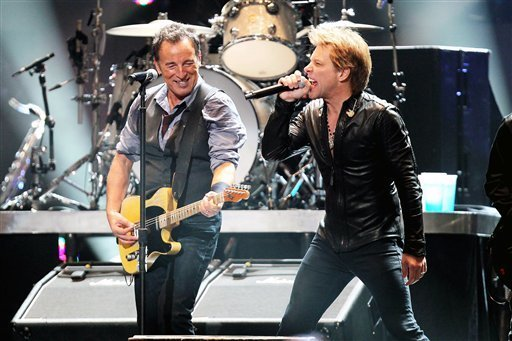 bruce-springsteen-and-jon-bon-jovi-at