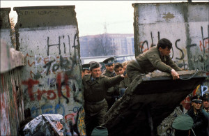 1989-11-11-caduta-muro-berlino1