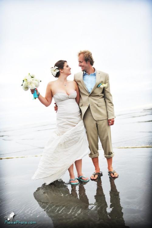 Real Weddings Dale and Chriss Beach Wedding on the Washington Coast