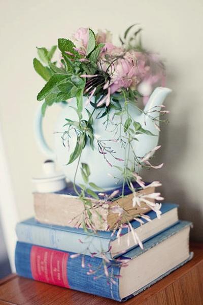 Tea Party Wedding Ideas Vintage Teacups And Teapots