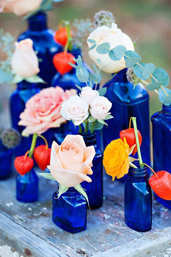 5 Cobalt Blue Color Palettes for your Wedding Day