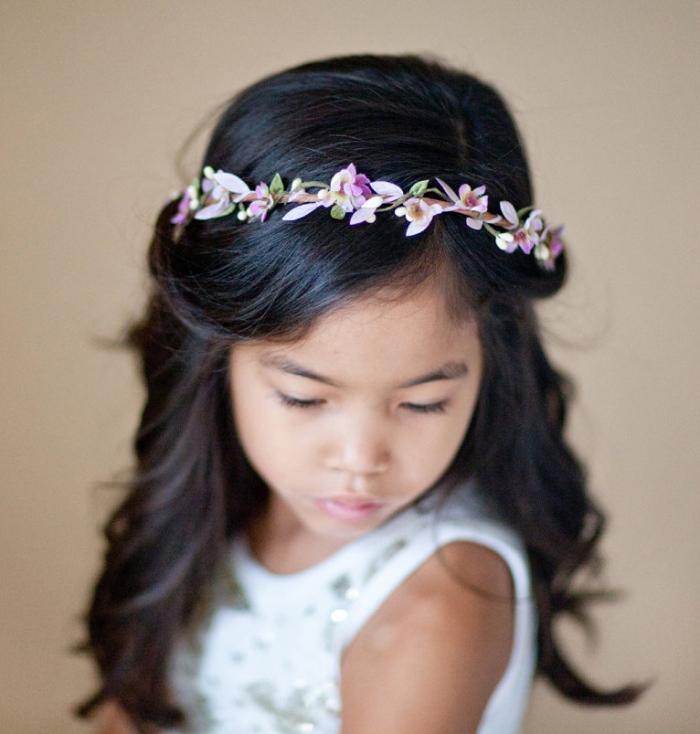 coroa menina de flor roxa