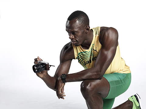 Samsung announces availability of the NX300 and partnership with Usain Bolt
