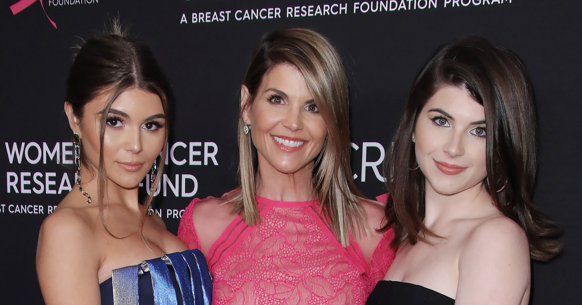 Usc Confirms Lori Loughlin S Daughters Are No Longer Enrolled