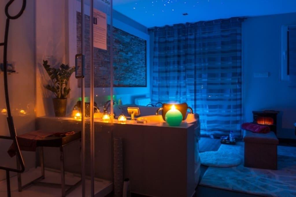 Duplex Romantique Avec Spa Privatif Ile De France Introuvable