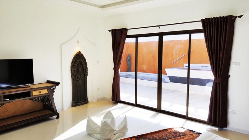Villa de Luxe avec Jacuzzi et Piscine priv  Pattaya en Thailande  Introuvable