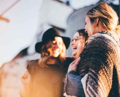 4 formas de iniciar conversas com pessoas desconhecidas