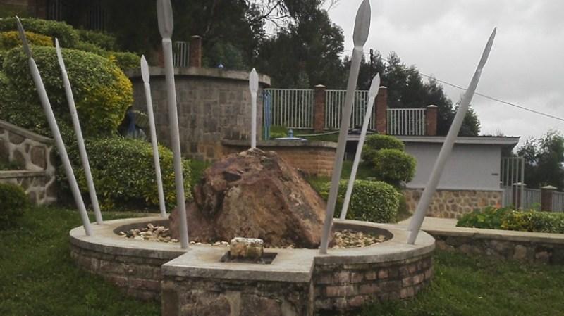 Kimwe mu bice biranga amateka ya Jenoside yakorewe abatutsi mu Bisesero.